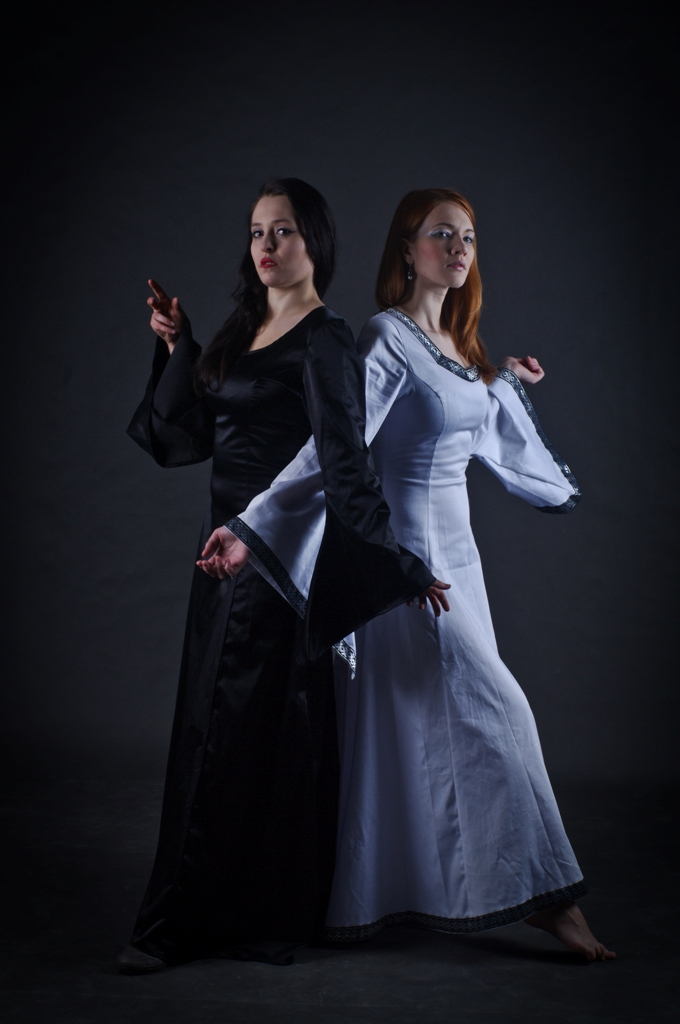 Suknia dworska 5