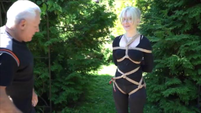 Uprząż poczwórną liną i podwieszenie